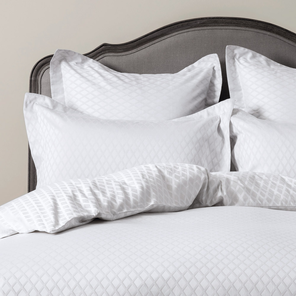 Diamond Jacquard Bed Linen  Duvet Cover King
