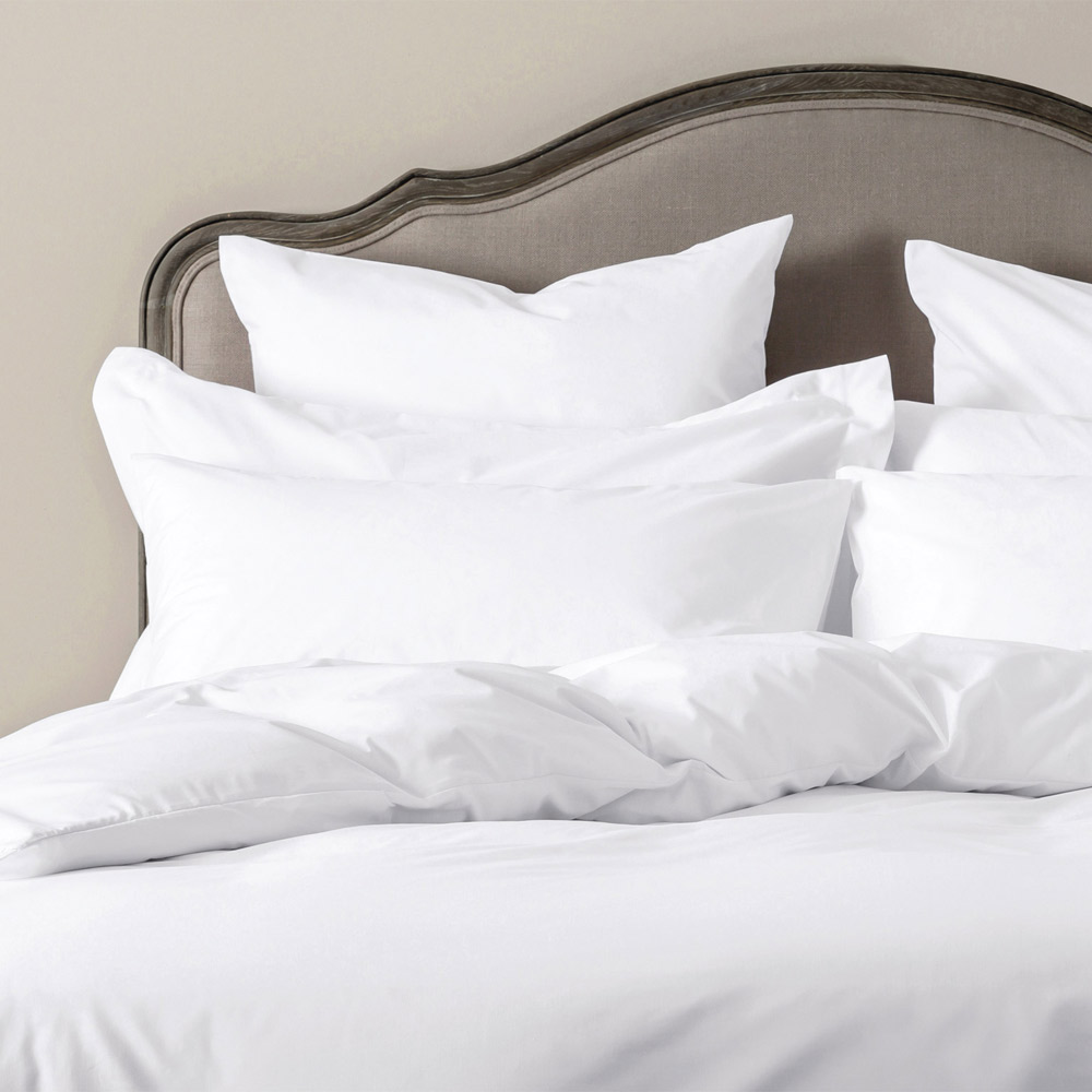 Easycare Polycotton Bed Linen  Duvet Cover King White