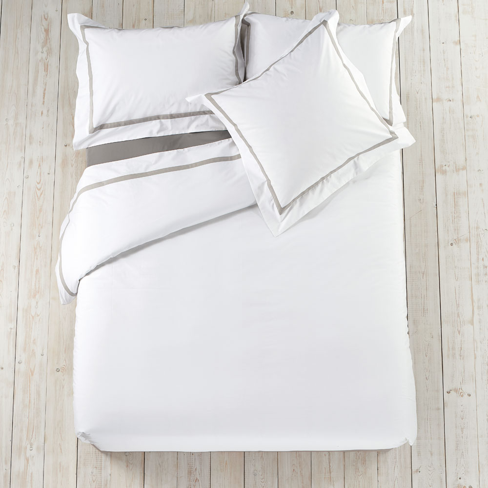 Kingsley Bed Linen - Pillow Case Oxford Continental Silver
