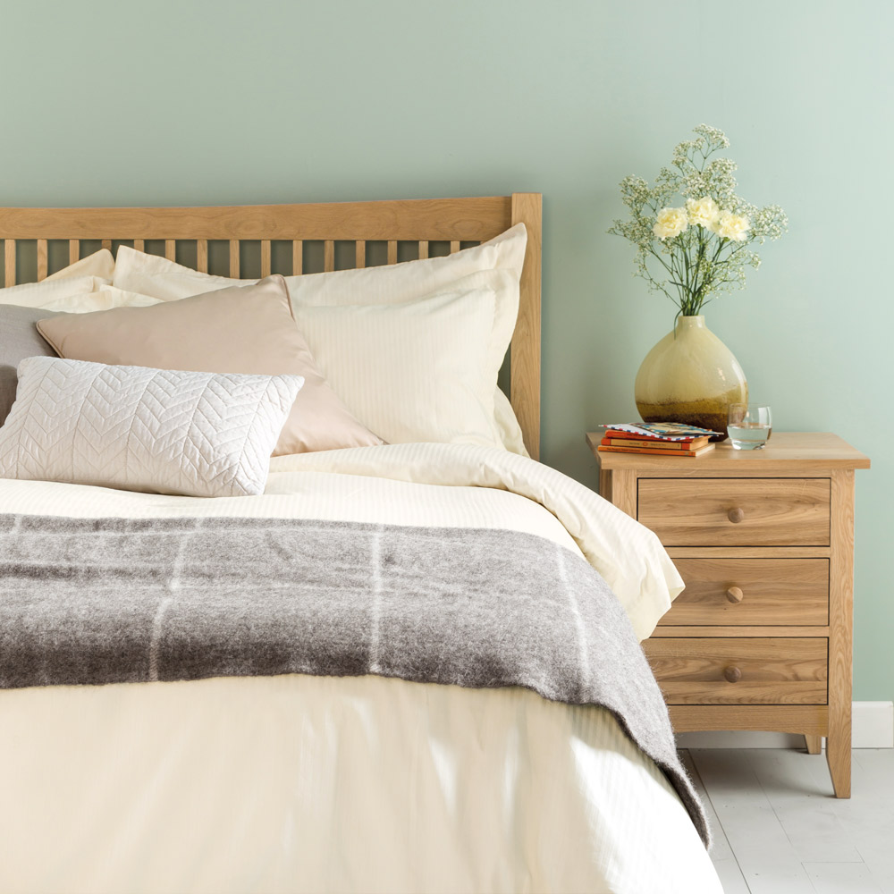 Satin Stripe Bed Linen Set - Cream Super King