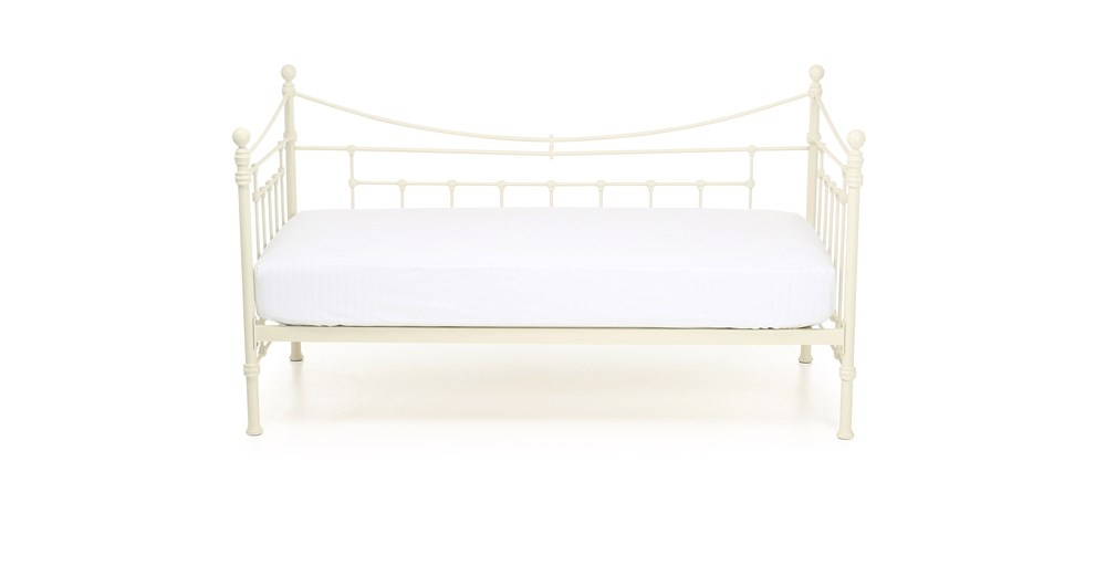 Evie Day Bed