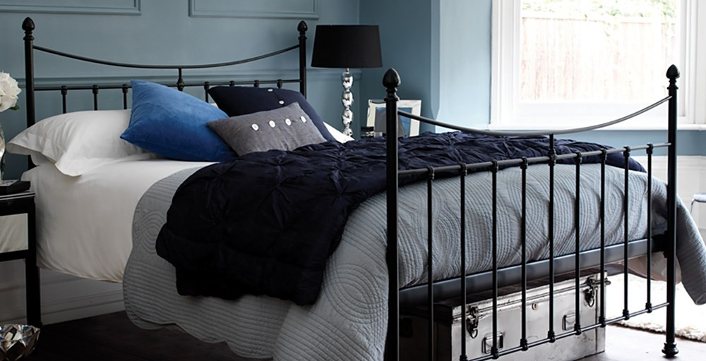 Highgrove King Bed & Lewis Mattress