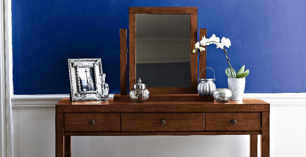 Mala Dressing Table